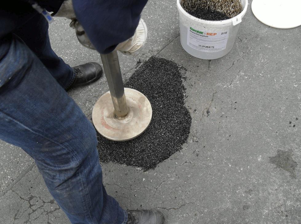 šalto liejimo asfaltinė medžiaga