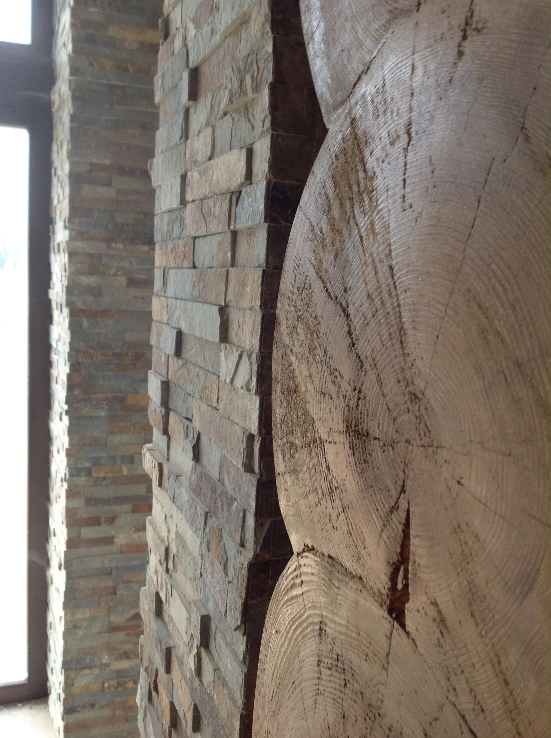 Natūralus akmuo interjerui